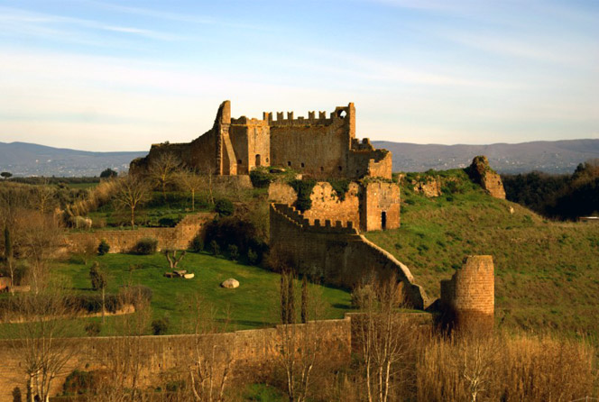 Tuscania - Walled City